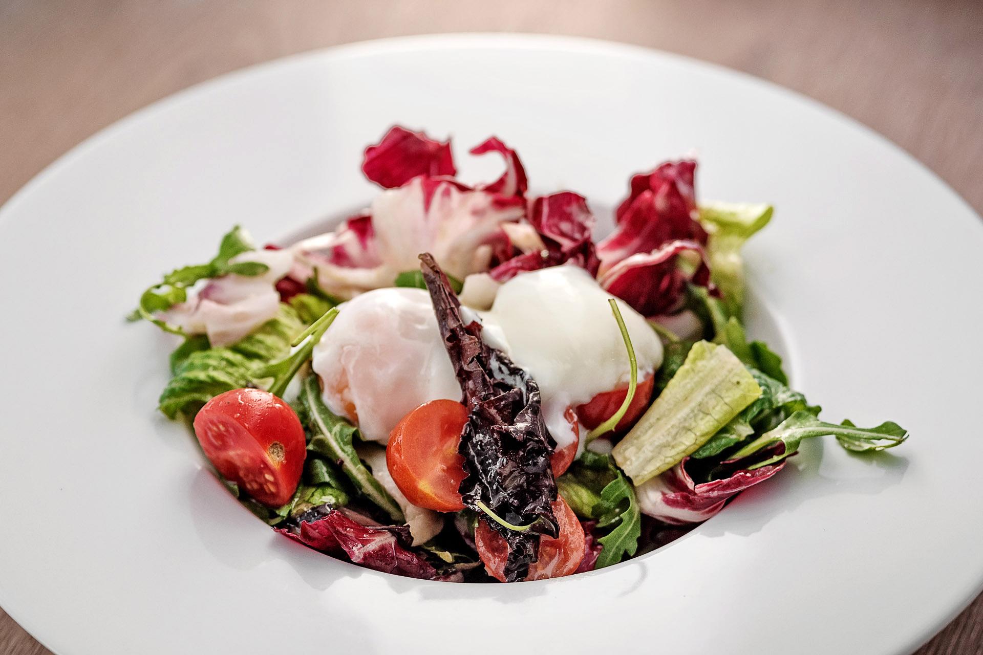 Food picture salad with mozzarella