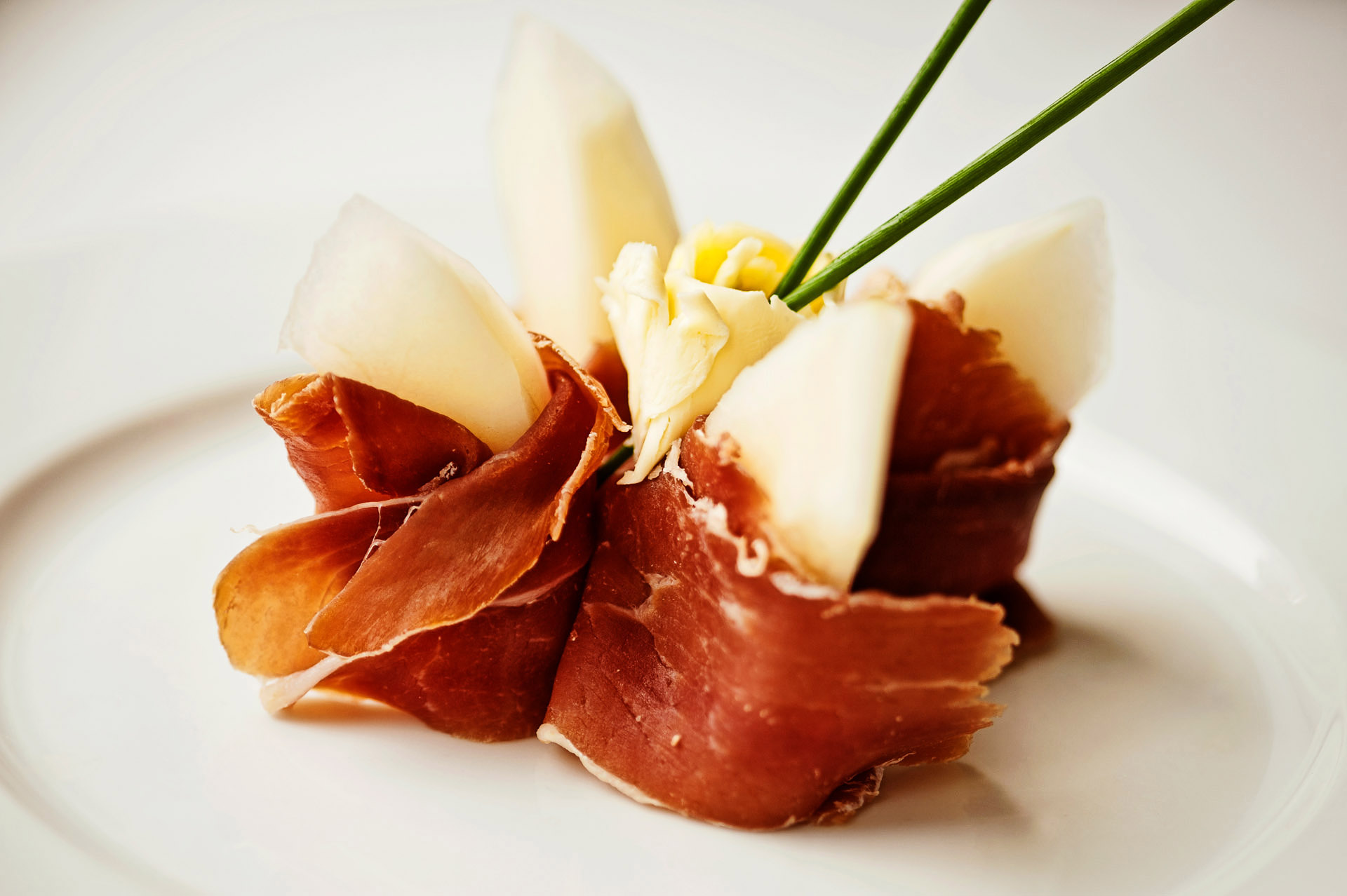 Food picture jamon with yellow melon